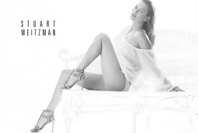 Mode : Kate Moss : beauté sensuelle pour la campagne printemps-été de Stuart Weitzman !