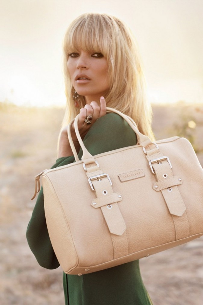 Mode : Kate Moss et un sac Longchamp beige