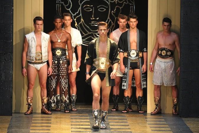 Esprit Gladiateur pour la collection homme printemps-été 2013 de Versace