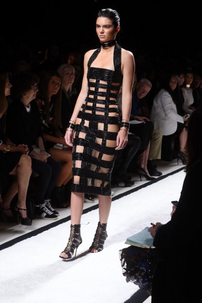 Mode : Kendal Jenner, Karlie Kloss, Jourdan Dunn et Rosie Huntington-Whiteley : les reines du défilé Balmain !