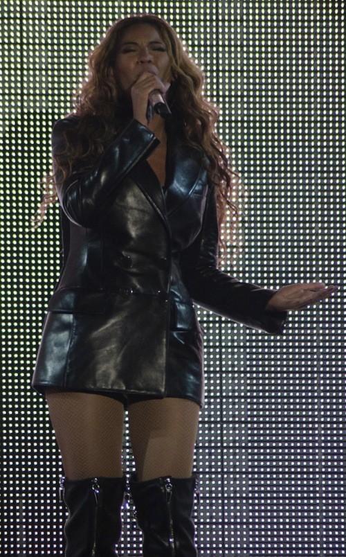 Beyoncé, 100% cuir