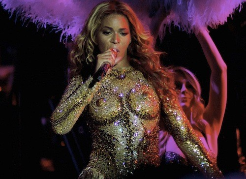 """Mrs Carter tour"" : Beyoncé plus sexy que jamais !"