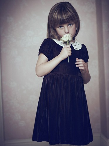 La petite soeur de Daisy Lowe est à son tour mannequin !