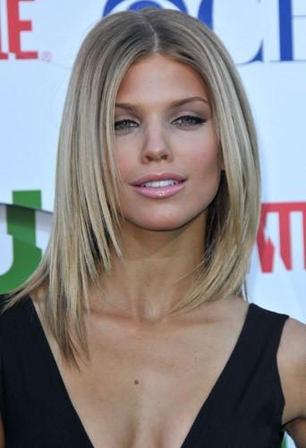 Le blond cendré d'AnnaLynne McCord en Juillet 2010 !