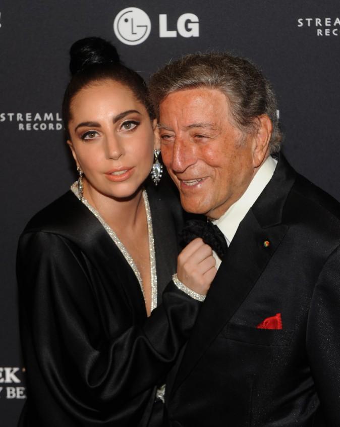 Mode : Lady Gaga et Tony Bennett : fêtent noël ensemble pour H&M !