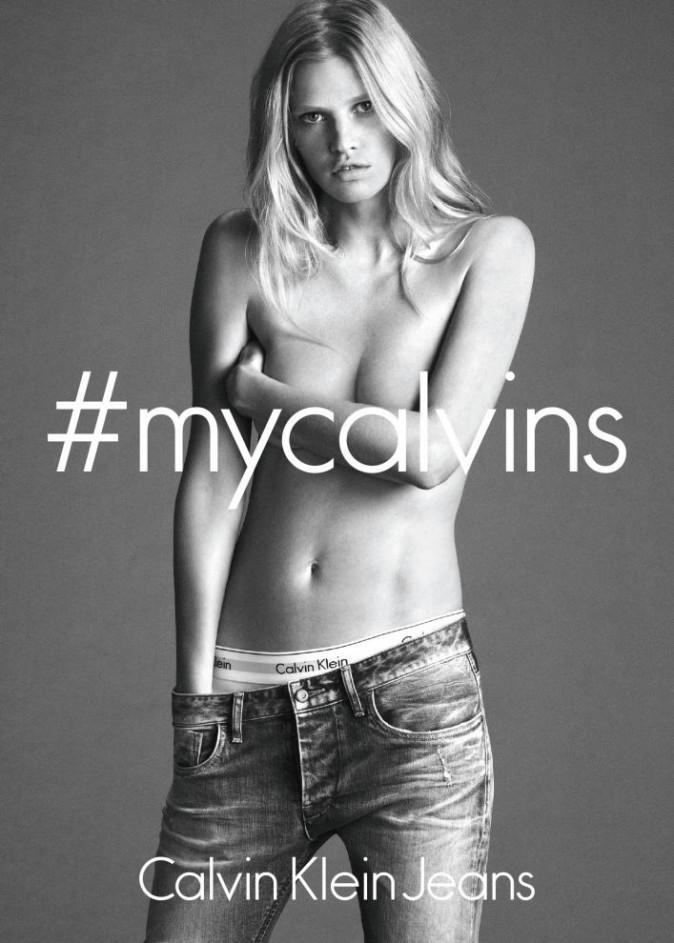 Mode : Lara Stone : une beauté authentique qui fait son grand retour chez Calvin Klein !