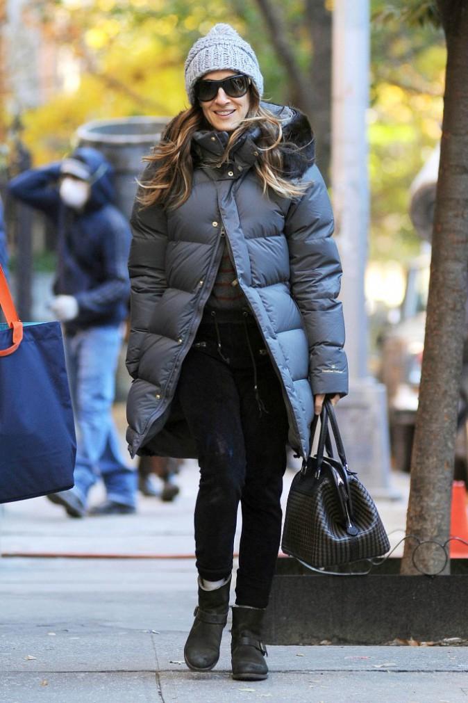 Le bonnet du 13/11/2013 porté par Sarah Jessica Parker : chic ou swag ?