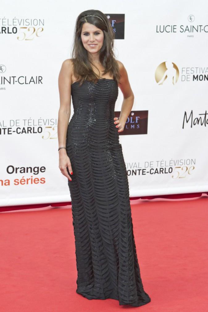 Le CV fashion de Karine Ferri : 11/06/2012