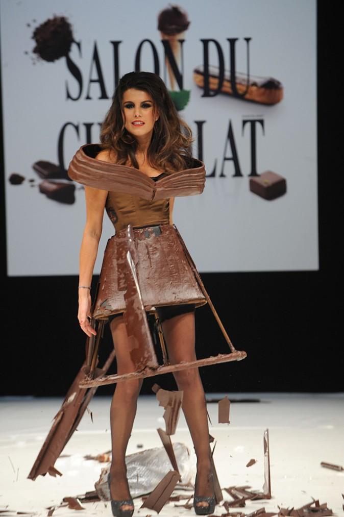Le CV fashion de Karine Ferri : 19/10/2011