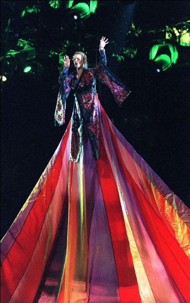 Britney a battu le record de longueur de robe