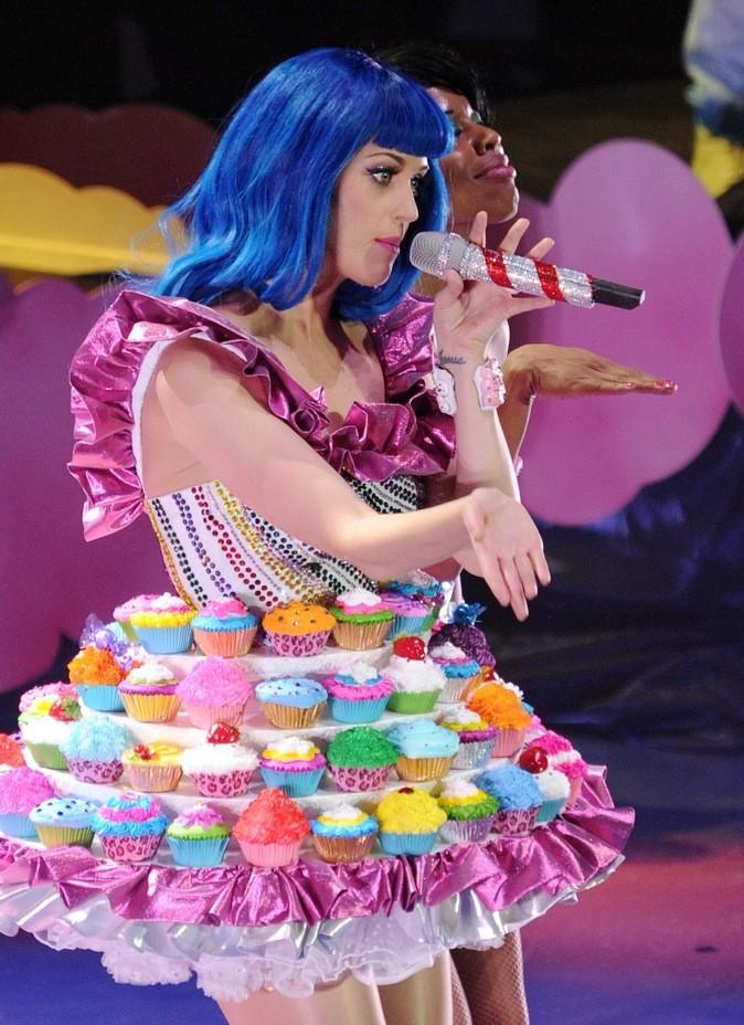 Katy Perry, la robe cupcake qui nous donne faim