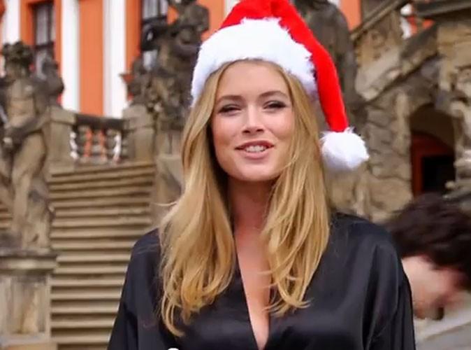 """Elle tentent toutes de chanter """"Jingle Bells"""""""