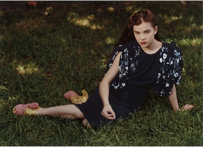 Une jeune fille en fleurs, égérie de Miu Miu !