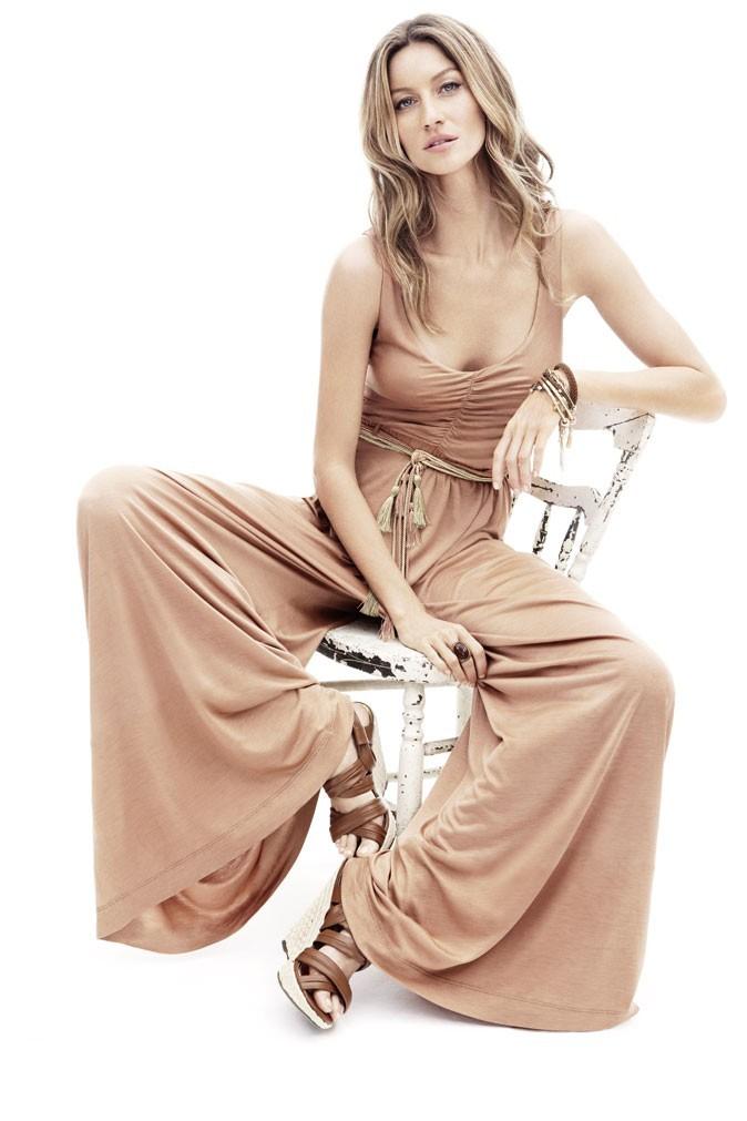 Mode : la combinaison nude de Gisele Bündchen pour H&M !