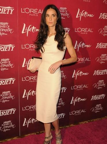 Demi Moore en robe Victoria Beckham