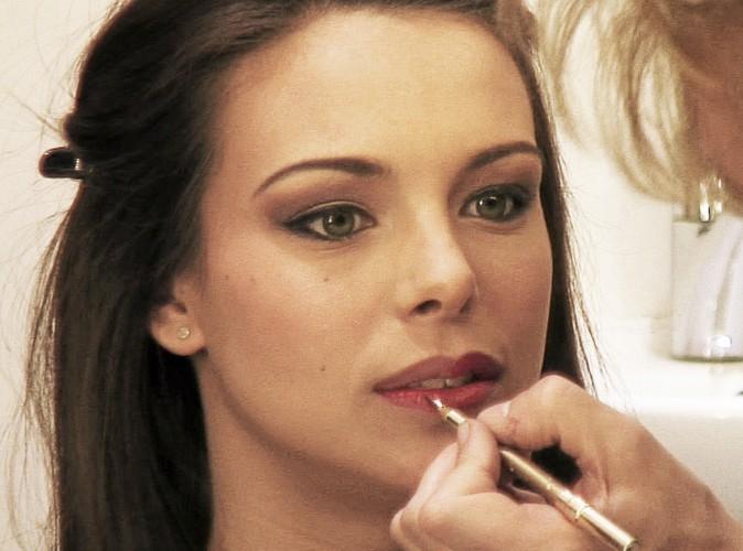 Dans la loge du studio de Public, make-up, essais en couleurs...