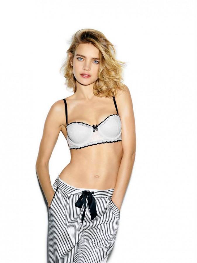 Mode : Natalia Vodianova : une sexy lady charmeuse pour Etam Lingerie !