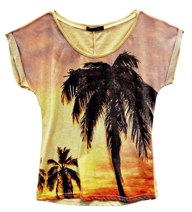 T-shirt Miami, Daphnea 29 €