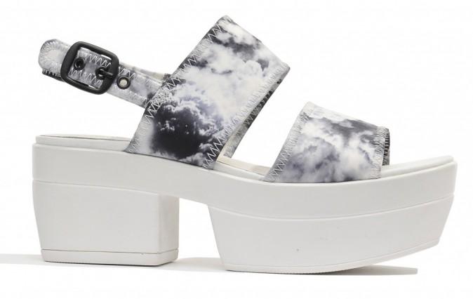 Sandales compensées, Sarenza 100 €