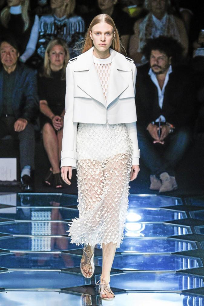 Le total look blanc chez Balenciaga