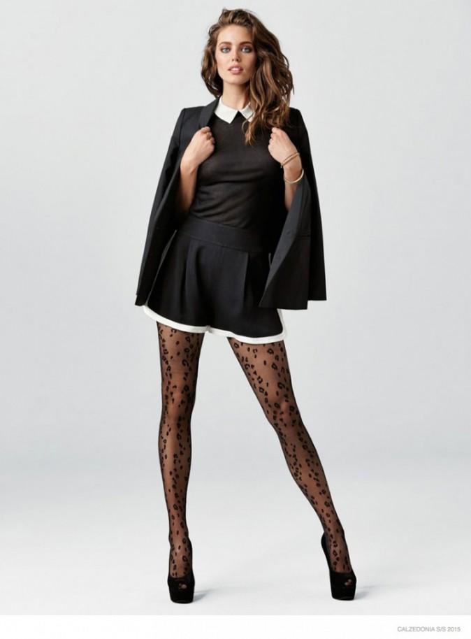 Mode : Photos : Emily Didonato : casual et sensuelle, elle dévoile ses jambes interminables pour Calzedonia !