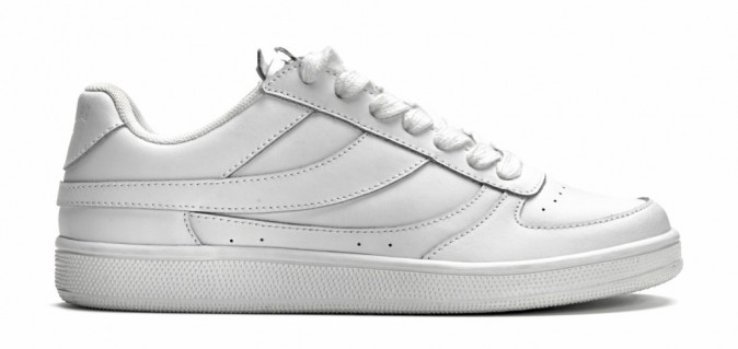 Se must-have: des tennis sportwear (Mango 49,99€)