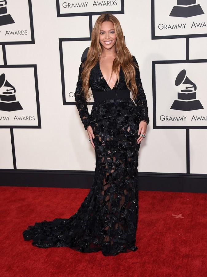 Mode : Photos : Katy Perry, Beyoncé, Rita Ora... retour sur les plus beaux looks des Grammy Awards !