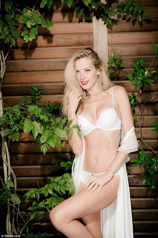 Mode : Photos : Petra Nemcova : Elle dévoile son corps torride pour Ultimo !