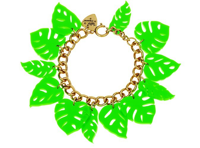 Bracelet feuilles, Tatty Devine, 85 €. D