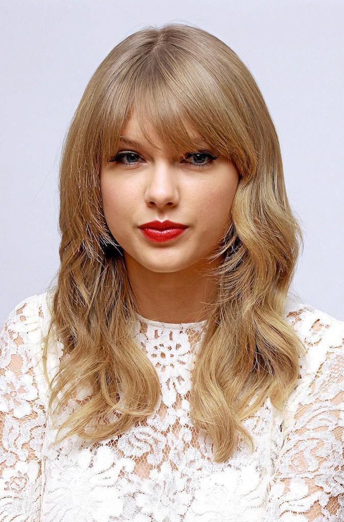 Etes-vous une party girl bohème chic comme Taylor Swift ?