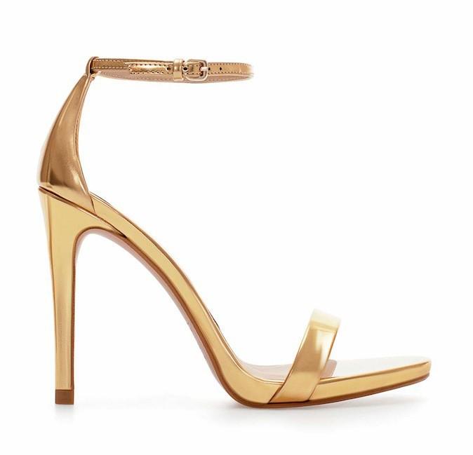 Sandales dorées, Zara 69,95 €