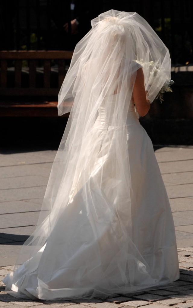 La robe de mariée de princesse de Zara de dos !