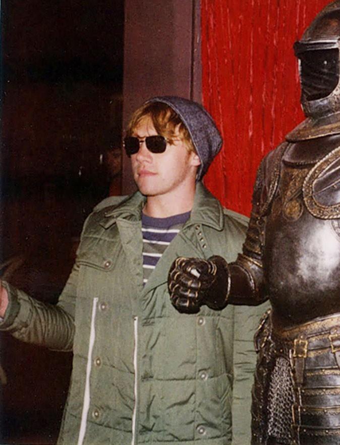 Dans la vraie vie, les statues ne bougent pas, Rupert !