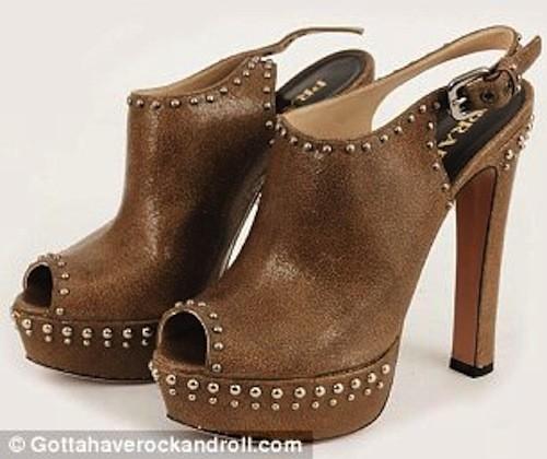 Les chaussures de Sarah Jessica Parker mises aux enchères