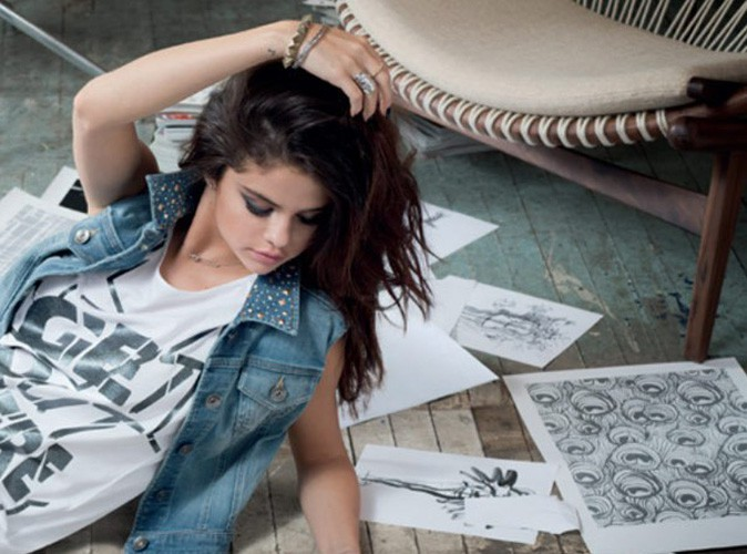 Selena Gomez simplement sublime pour Adidas NEO