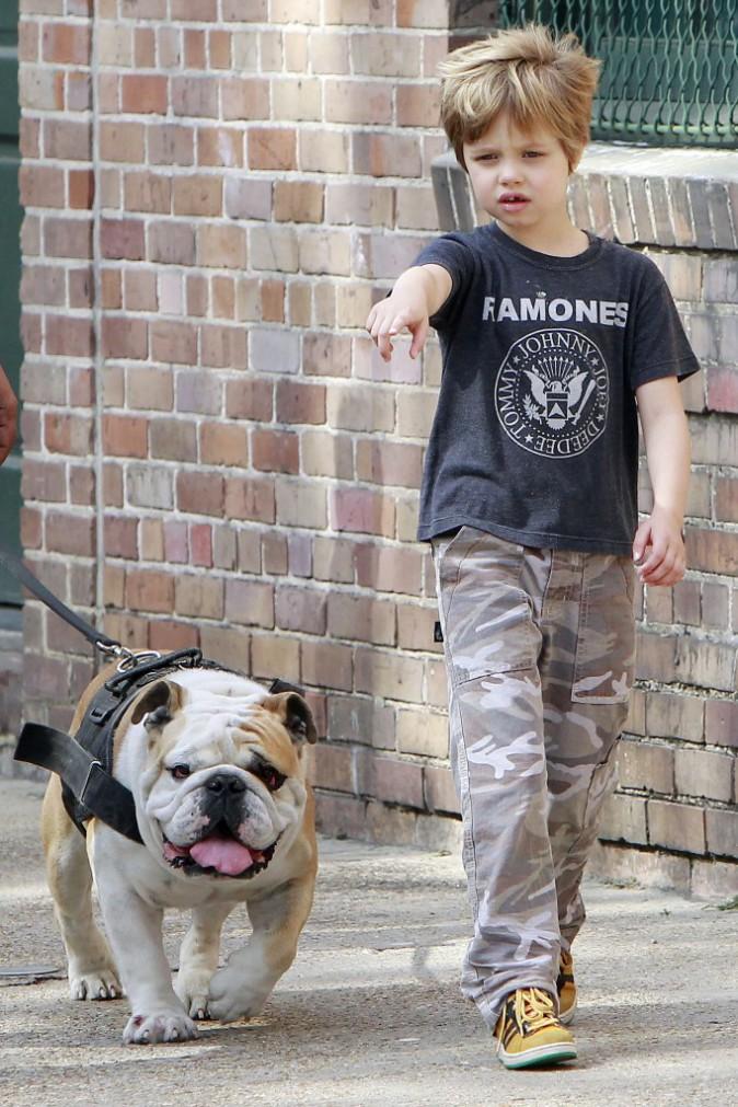 Mode : Shiloh Jolie-Pitt : Découvrez ses looks de garçon manqué !