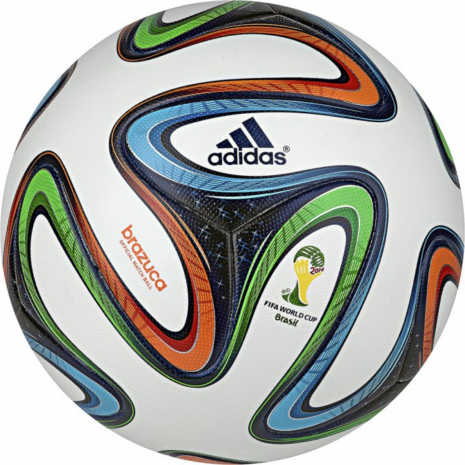Réplique du ballon de foot officiel de la Coupe du monde Brazuca, Adidas 30 €