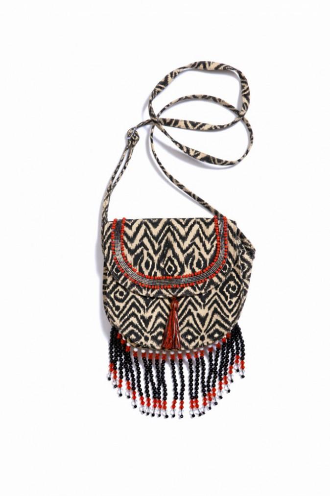 En coton frangé et perles, Amenapih 65 €
