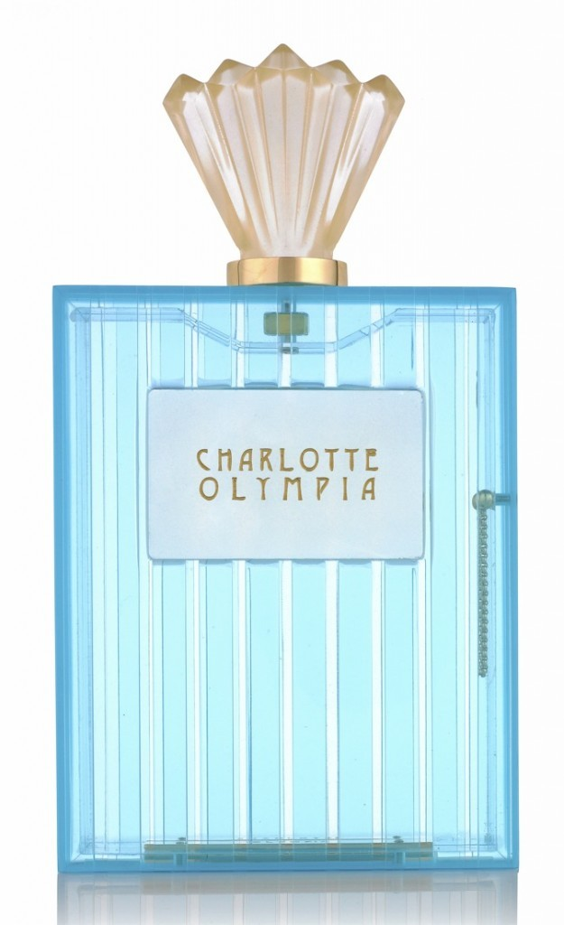 Pochette bouteille de parfum, Charlotte Olympia, 995€