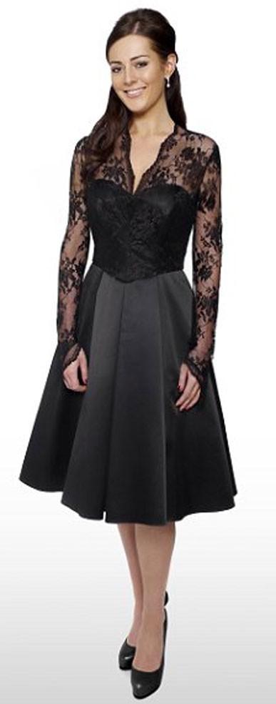 Et la version robe de cocktail noire de Debenhams !
