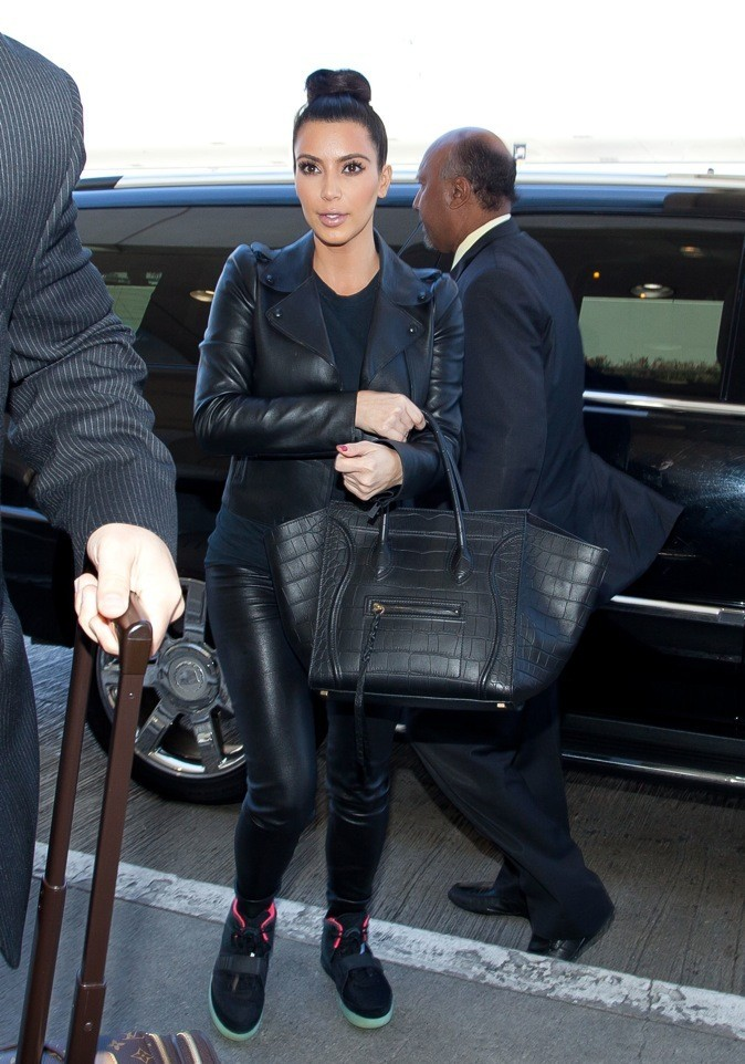 Kim Kardashian, jamais sans ses sneakers !