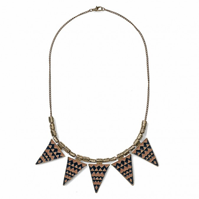 Collier graphique, New Yorker 7€