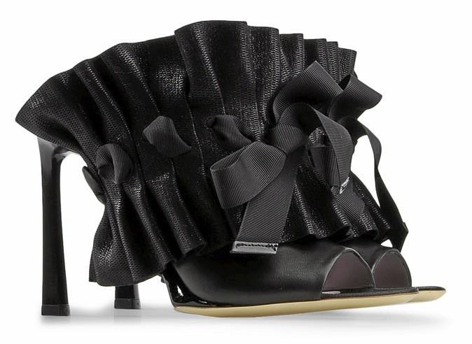 Shoescribe : Escarpins Viktor & Rolf à 315€ au lieu de 630€