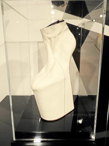 Chaussures compensées 4100$