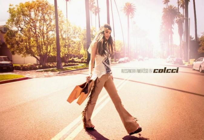 Alessandra Ambrosio pour Colcci.