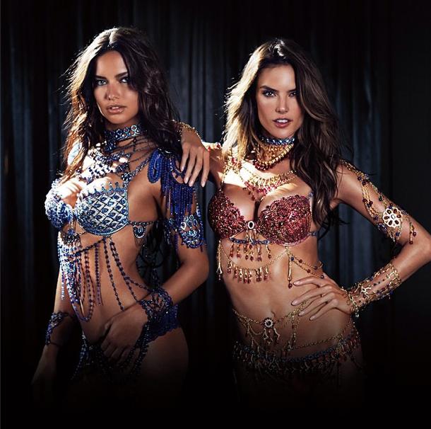 Photos : Alessandra Ambrosio et Adriana Lima : ambassadrices de charme pour le Fantasy Bra de Victoria's Secret !
