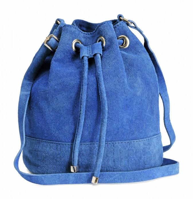 Le sac seau unis : H&M 34,99 €