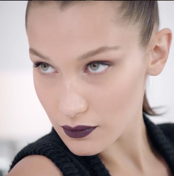 Photos : Bella Hadid : pour Dior, elle donne tout !