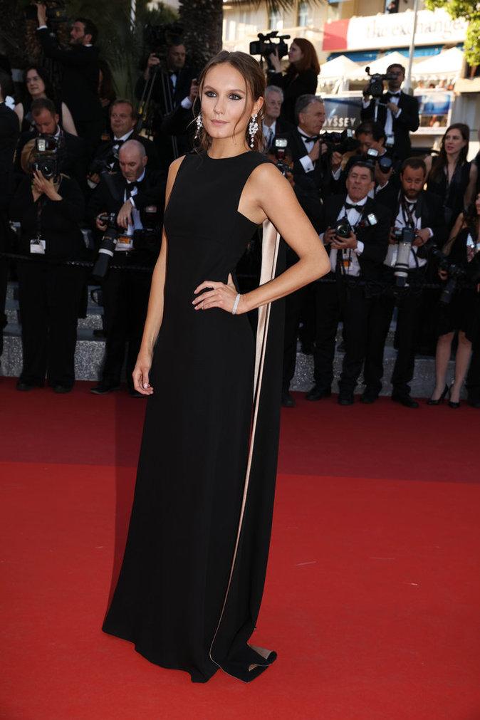 Ana Girardot sur le tapis rouge du 69e Festival de Cannes