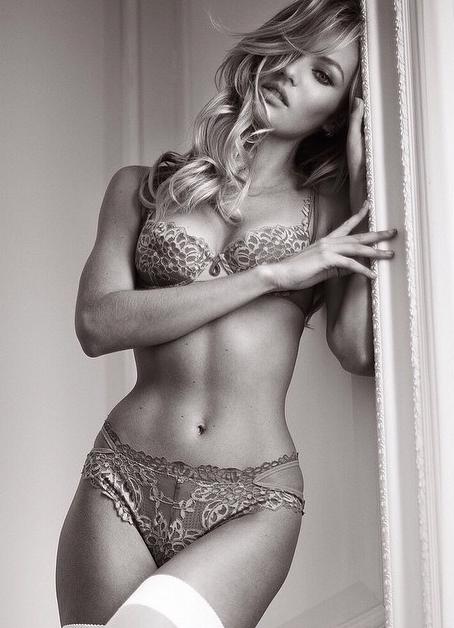 Candice Swanepoel en lingerie pour Victoria's Secret